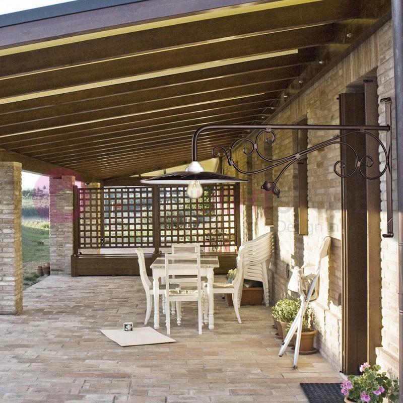 Borghetto lampada parete rustica esterni ferro battuto for Salotti in ferro battuto per esterni