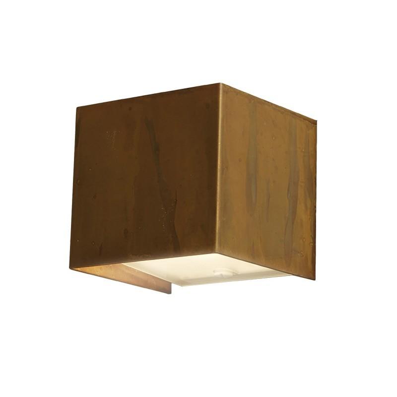 LOLA Mini Lampada da Parete Quadrata Ottone Ossidato
