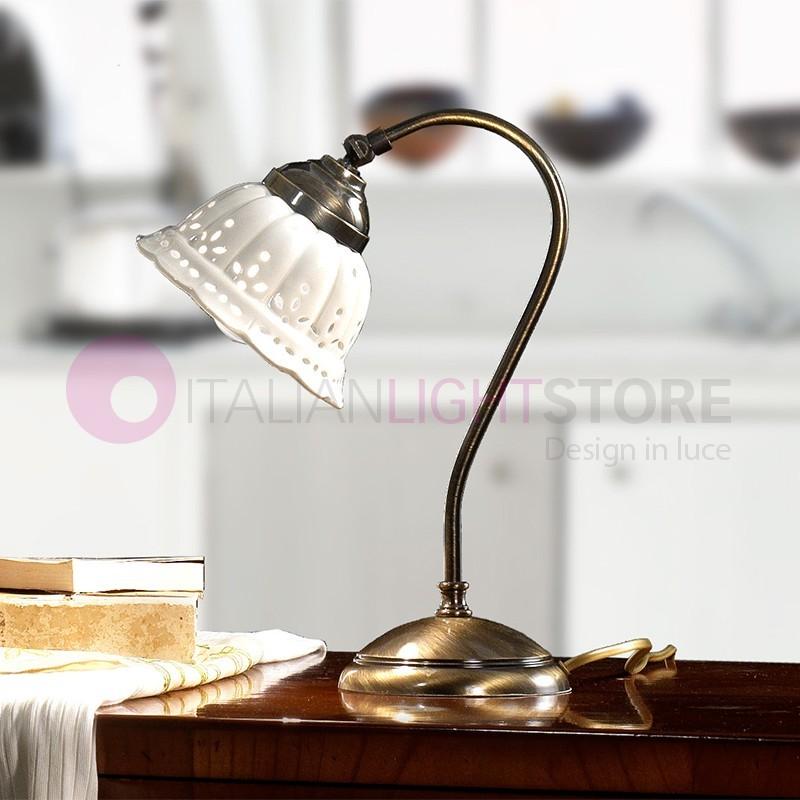 https://www.italianlightstore.com/40063/loggia-lampada-da-tavolo-ottone-e-ceramica-rustico-country.jpg