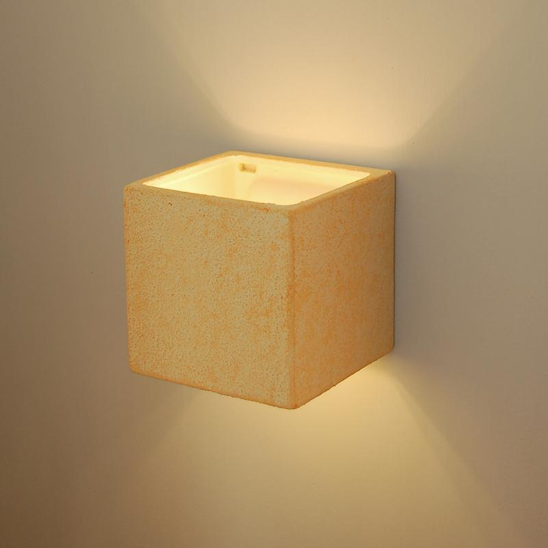 Idee moderne di lampade da soffitto per esterni e interni - Parete in legno fai da te ...