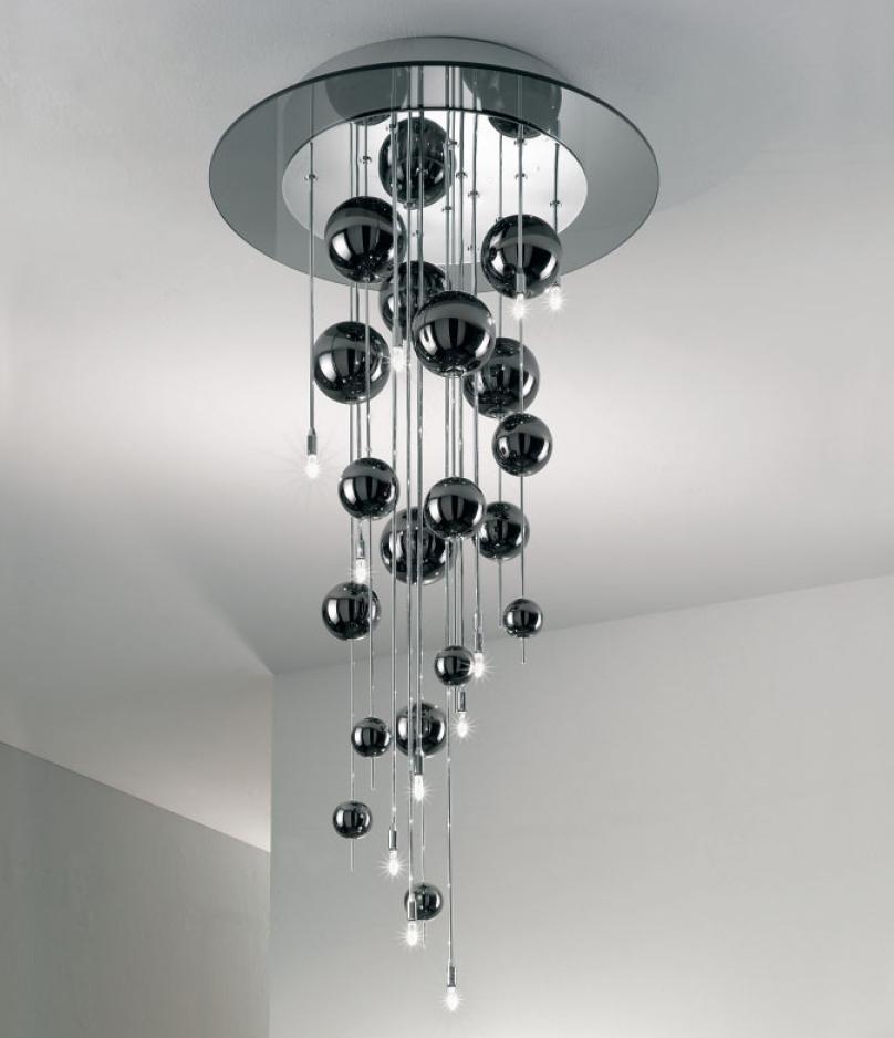 Scopri i Lampadari Moderni dal Design Raffinato